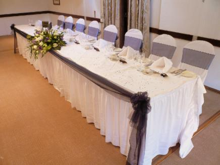 Organza Table Runners Amp Swags Balloons Chair Cover Hire